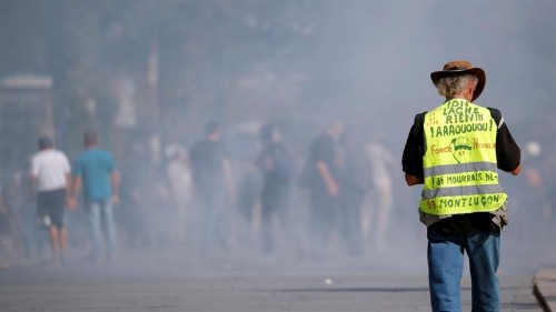 French police fire tear gas at 'yellow vest' protesters in Nantes