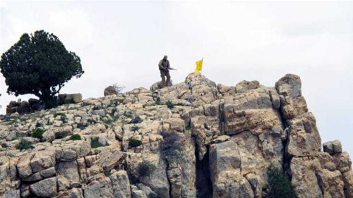 'Scores killed' in clashes between Hezbollah and ISIL