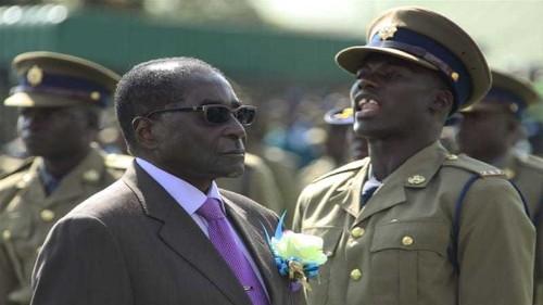 Zimbabwe MPs recalled to parliament after Mugabe gaffe