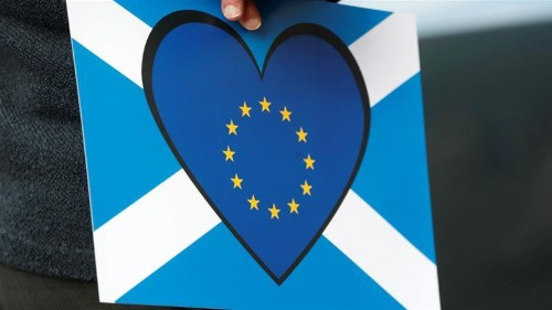 European families 'feel safer' in Scotland than England