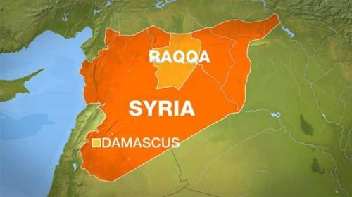 Deadly air strikes 'hit residential areas' in Raqqa