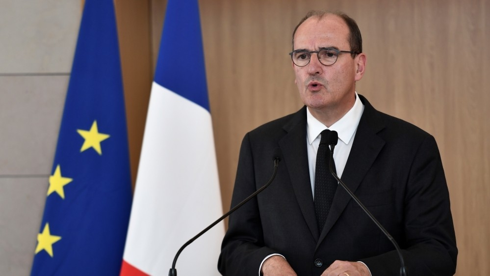 Amid strike, virus victims file legal complaint against French PM