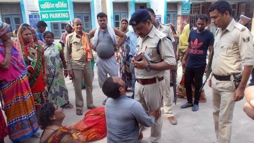 'Cow vigilantes' in India kill three on suspicion of theft