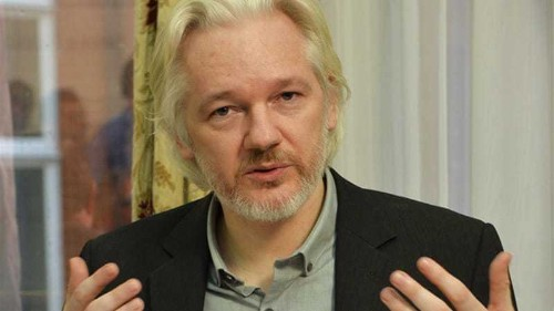 Julian Assange 'to leave' Ecuador embassy
