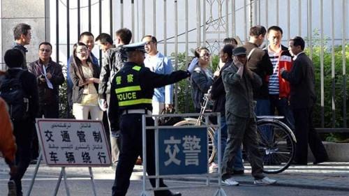 Trial of Uighur scholar resumes in China