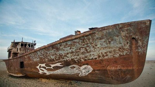 Banned Russian art squirrelled away in Uzbekistan