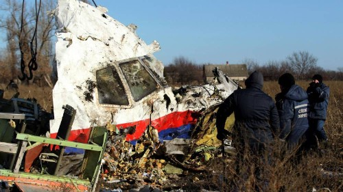 Dutch MH17 trial suspended to give defence more preparation time