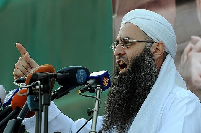 Lebanon says fugitive cleric Ahmed al-Assir detained