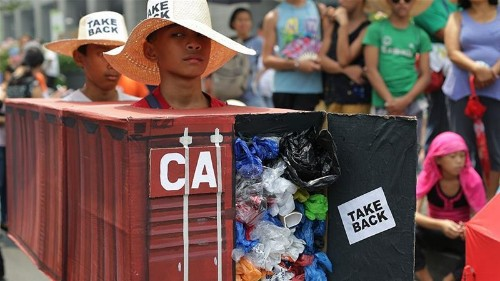 Philippines recalls envoy, consuls from Canada over rubbish row