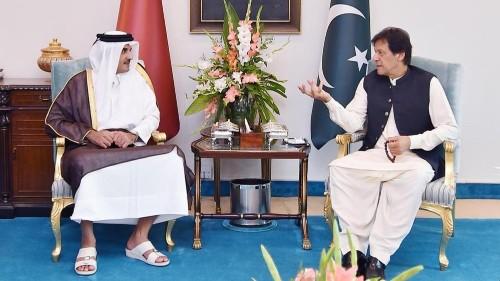 Pakistan's Imran Khan holds talks with Qatari emir in Doha