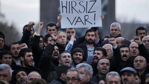 Turkey's Erdogan rejects calls to resign