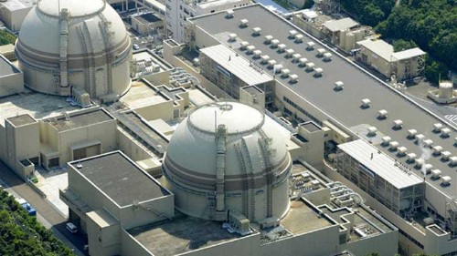 Japan switches off last nuclear reactor