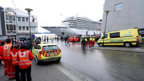 Viking Sky arrives at Norway port after near disaster
