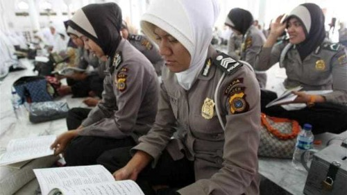 Virginity tests on Indonesia police condemned