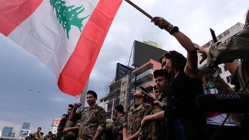Lebanon protesters weigh army's role amid political crisis