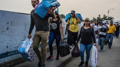 Venezuelan migrants dramatically boost Colombia's economy