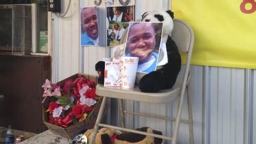 Alton Sterling: Anger swells over killing of black man