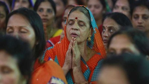 India's top court suspends ban on Jain suicide ritual
