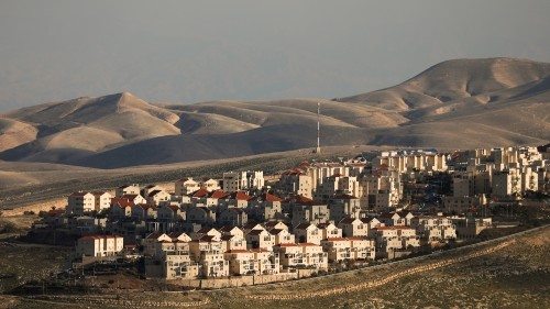 Netanyahu pledges to build new settler homes ahead of elections