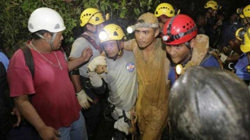 Rescuers free trapped miners in Nicaragua