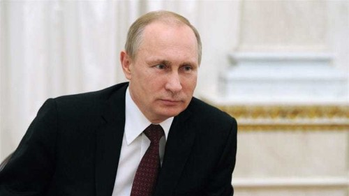 Russia's Putin reappears in public after long absence