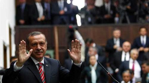 Turkey lifts decades-old ban on headscarves