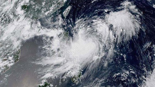 Tropical Storm Bailu takes aim at Taiwan