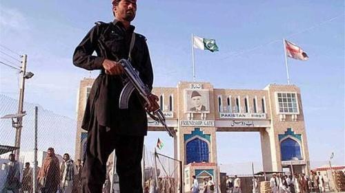 Pakistan elders targeted in suicide attack
