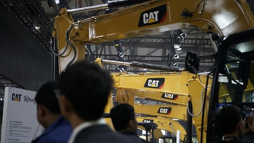 Caterpillar's profit outlook down: Is global economy declining?