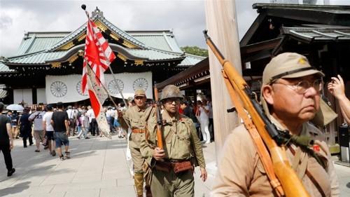 Japan's Abe skips Yasukuni shrine visit but sends offering