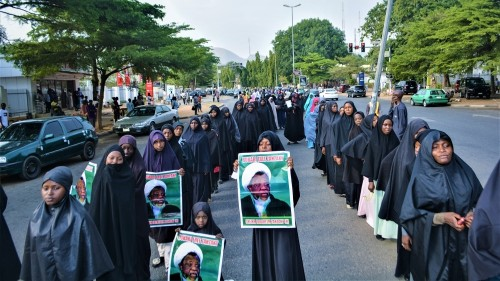 Reporter killed as toll in Nigeria rallies over Shia leader rises