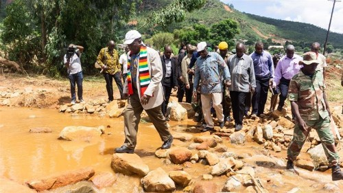 Zimbabwe: Hard-hit town reels from cyclone as Mnangagwa vows aid