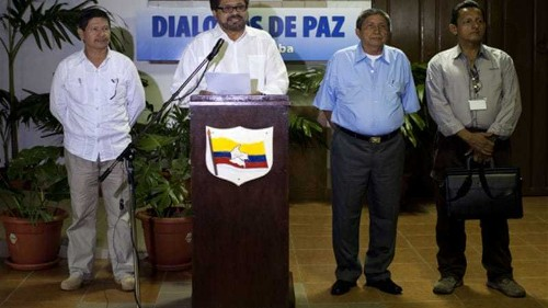 Colombia and FARC agree to combat drugs trade