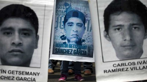 Mexico: Demanding the return of 43 missing students