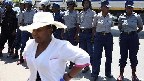 Zimbabwe doctors' strike: Hundreds fired