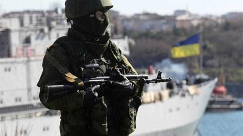 Ukraine troops set to leave Crimea