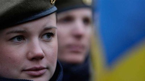 Sweden military service reintroduced 'to face threats'