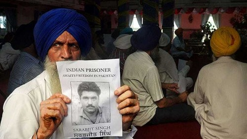 Family visits Indian spy in Pakistan prison