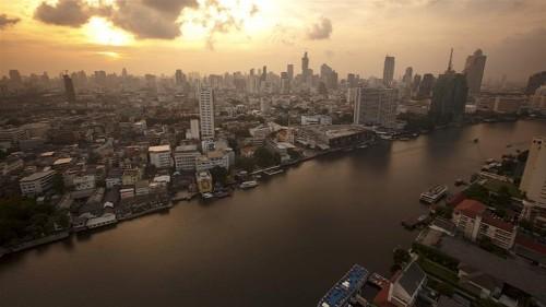 Shallow magnitude 6.1 quake rattles Thailand and Laos