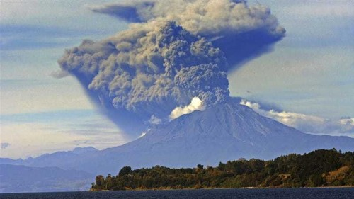 Chile's Calbuco volcano erupts for a third time