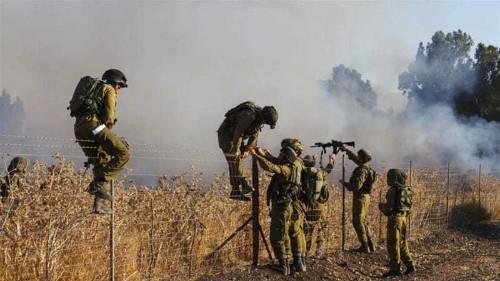 Israeli army attacks Syrian town after rocket attacks