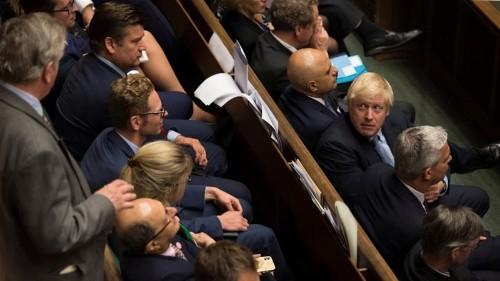 UK MPs back Brexit extension amendment