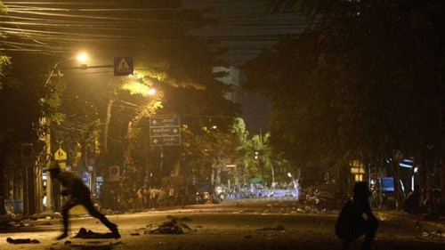 Opposition escalates as Thai PM stands firm