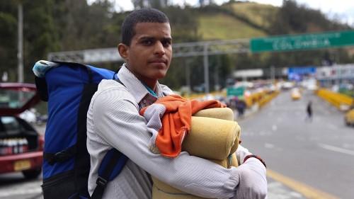 Venezuelans race to Ecuador before new visa rules take effect