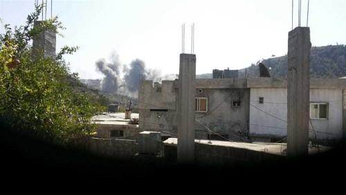 Suspected Russian strikes hit near Turkish border