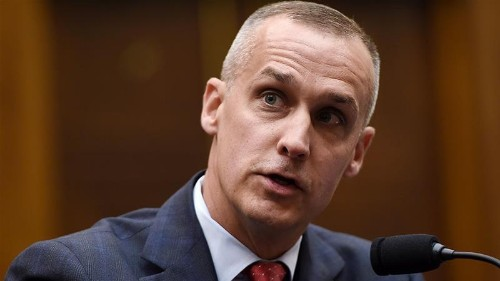 Lewandowski defends Trump at chaotic impeachment hearing