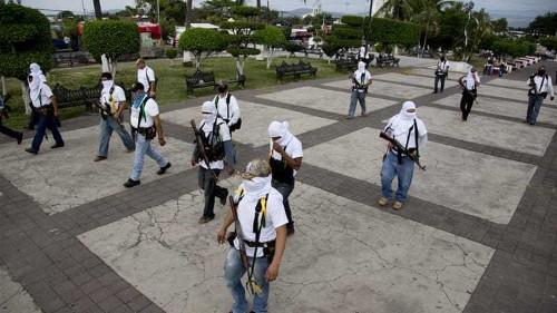 Mexico vigilantes seize drug cartel bastion