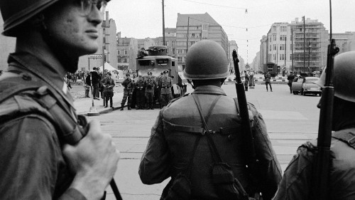 Documenting American segregation at the Berlin Wall