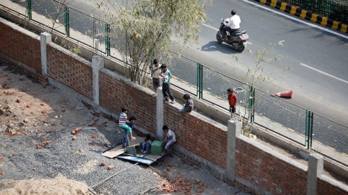 India slum-dwellers sent eviction notices ahead of Trump visit