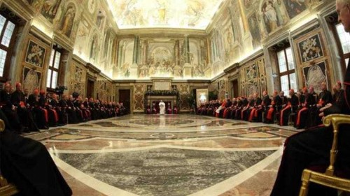 Pope makes scathing attack on Vatican 'ills'
